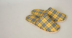 Slippers plaid and yellow